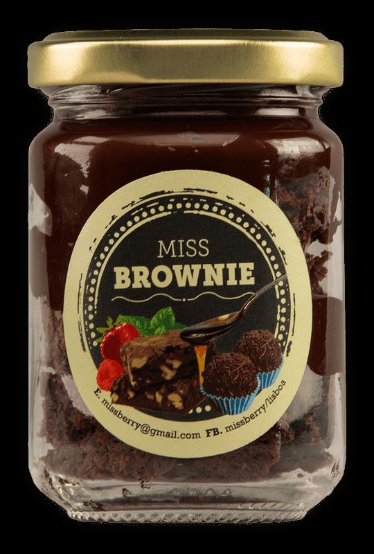 Brownie à colher com doce de brigadeiro