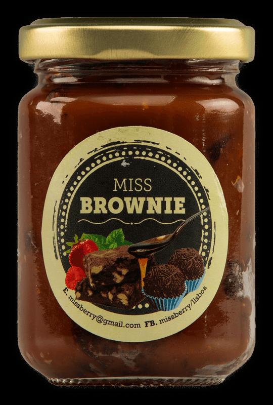 Brownie à colher com doce de caramelo salgado